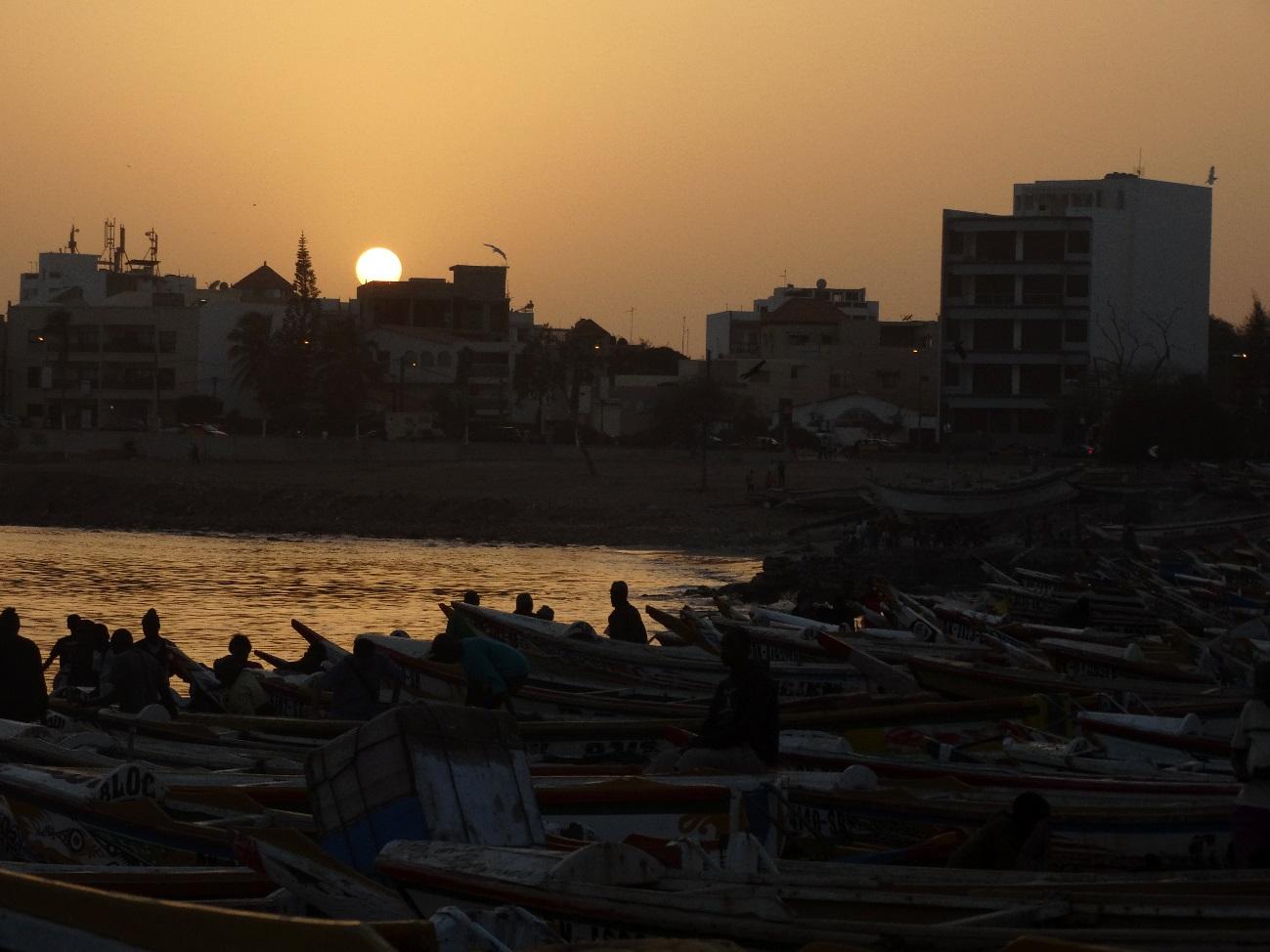Pescadores en Dakar - Fuente: Elaboración propia